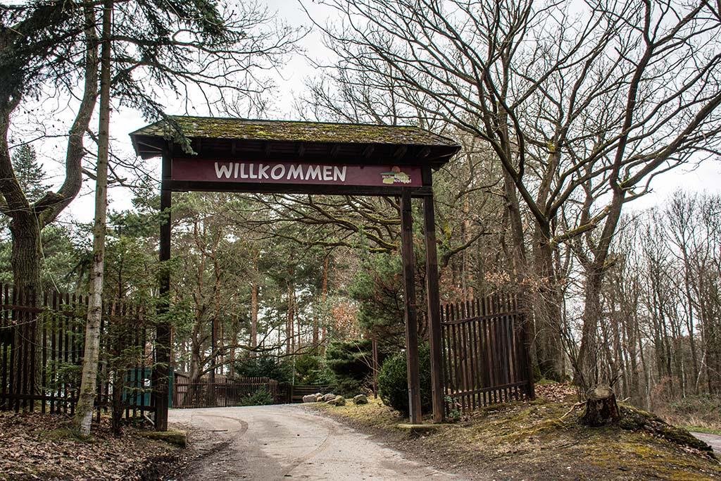 Eingang Hochwildpark Rheinland