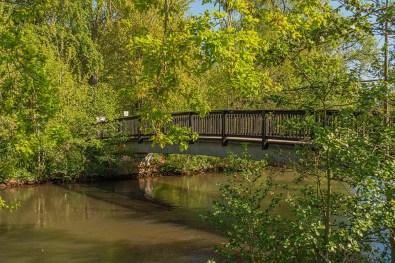 Holzbrücke über die Erft
