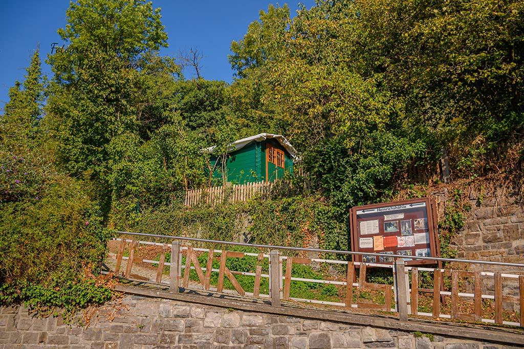 Zugang zur Heinrichshöhle