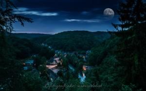 Blick auf Unterburg in der blauen Stunde