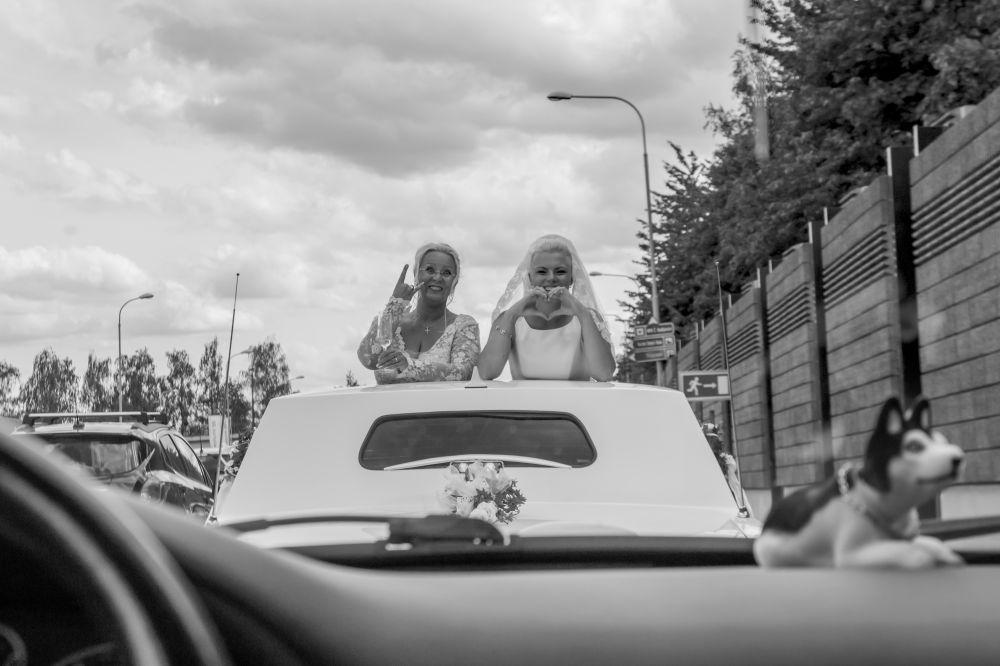 svatba-jizda-autem