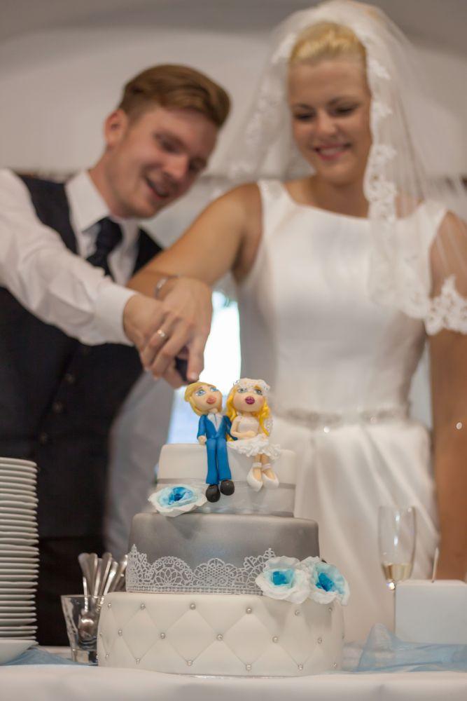 svatebni-krajeni-dortu