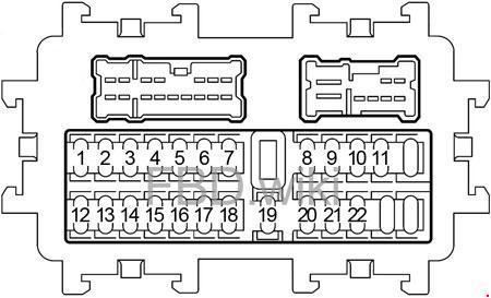 '03-'08 Infiniti FX35 and FX45 Fuse Box Diagram