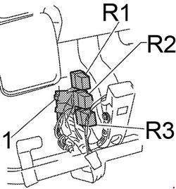 '04-'10 Infiniti QX56 Fuse Box Diagram