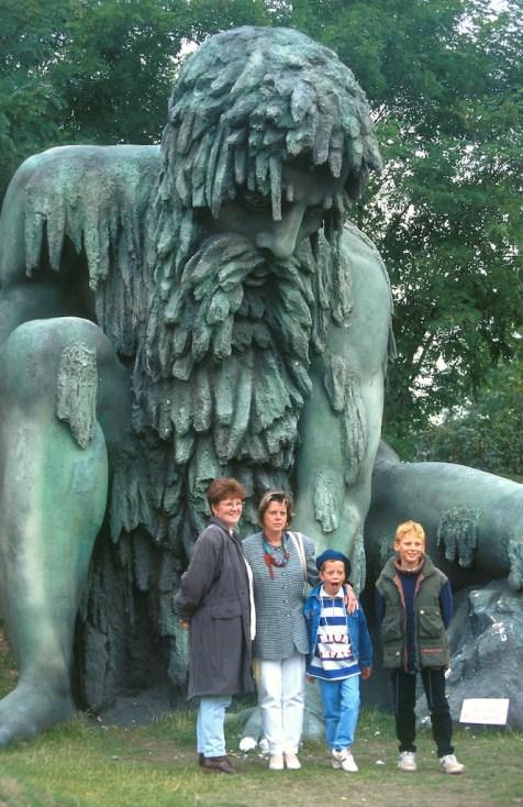 Alemania, Brandenburgo, Potsdam, Estudios Babelsberg, decorado película El Ogro, escultura