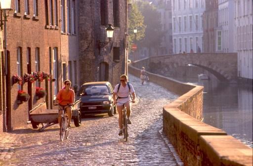 Bélgica, Flandes, Brujas, bicicleta