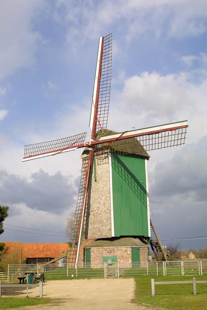 Flandes, Lo-Reninge, Molino Markey