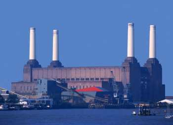 Reino Unido, Central heléctrica Battersa, arquitecto británico Sir Giles Gilbert Scott, energia