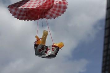 4. In der Luft hängen