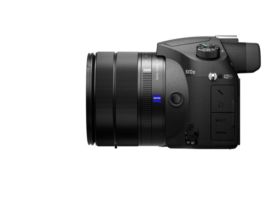 Sony RX10 Mark III 2