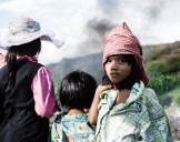 Niños buscando material reciclable en el basurero Steung Meancheye, Phnom Pehn, Camboya.