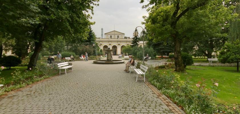 Busko-Zdrój - spacerkiem po parku zdrojowym