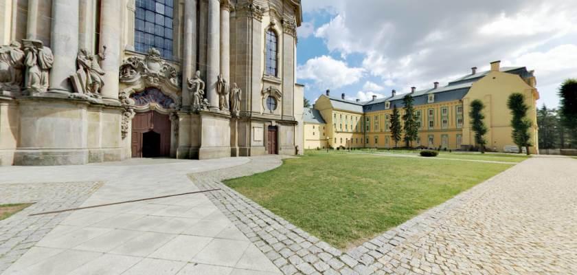 Sanktuarium w Krzeszowie - spacer wirtualny