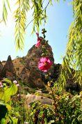Pod twierdzą Üçhisar, wizyta w zamieszkałym domu z skale