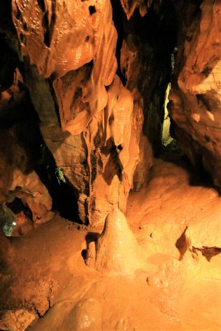 Jeskyně Na Pomezí