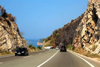 droga wzdłuż wybrzeża