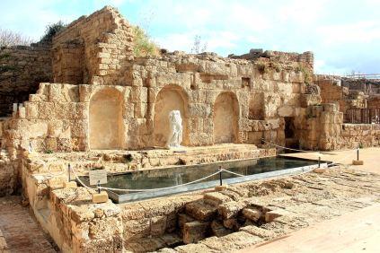 Cezarea - fontanna Nimfy