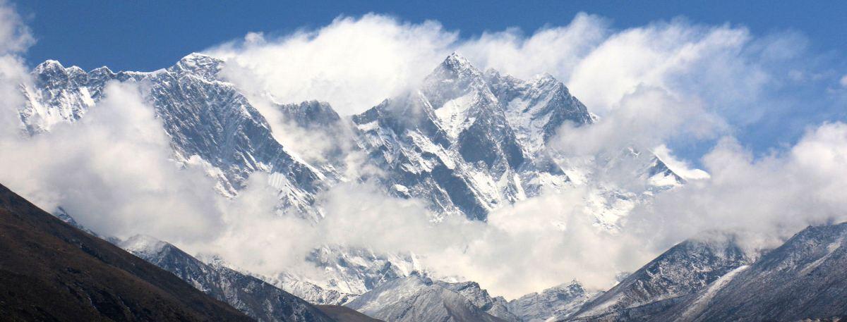 DZIEŃ 11 : PANGBOCHE (3985m) -> NAMCZE BAZAR (3440m)