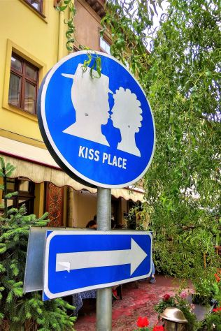 Kiss Place