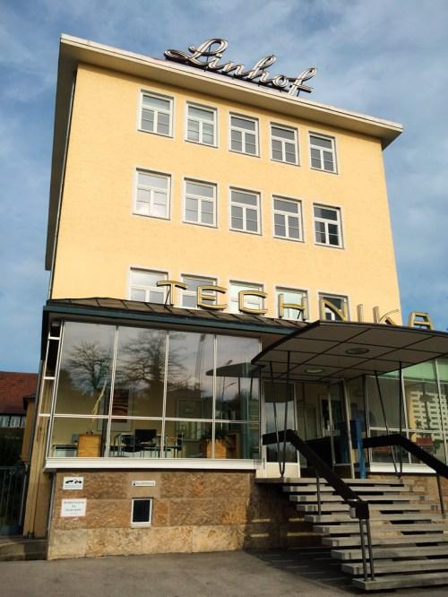 Firmengebäude der Firma Linhof in München