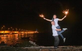 foto prewed malam kembang api