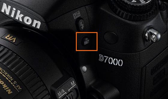 Bouton BKT sur la caméra Nikon D7000