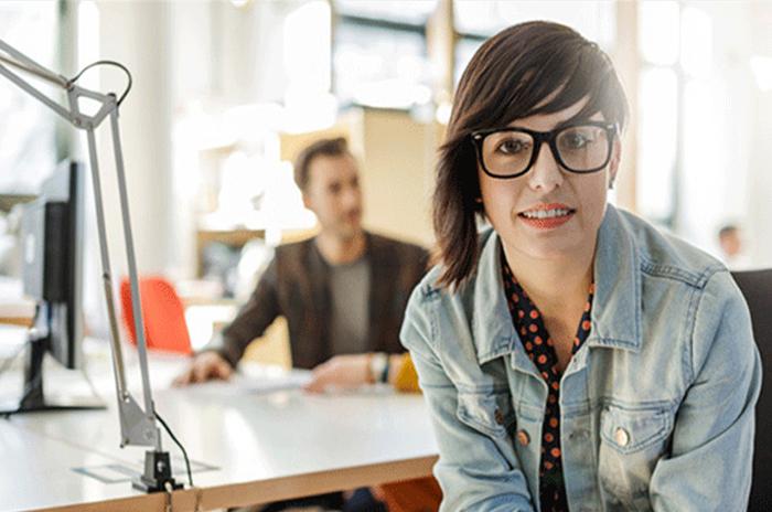 Hay ms mujeres millennials trabajando que mujeres de la