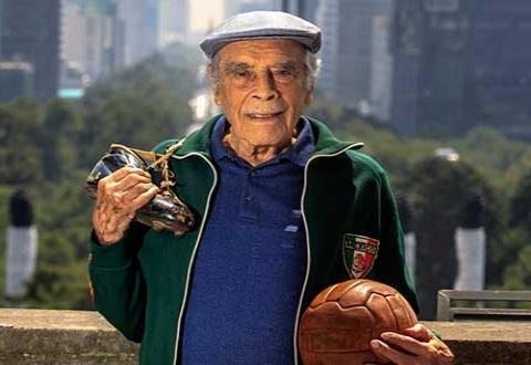 Don Nacho Trelles Cumple 101 Años E Consulta