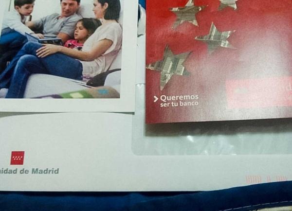 Publicidad de bancos en las nóminas de los empleados públicos de la Comunidad de Madrid.