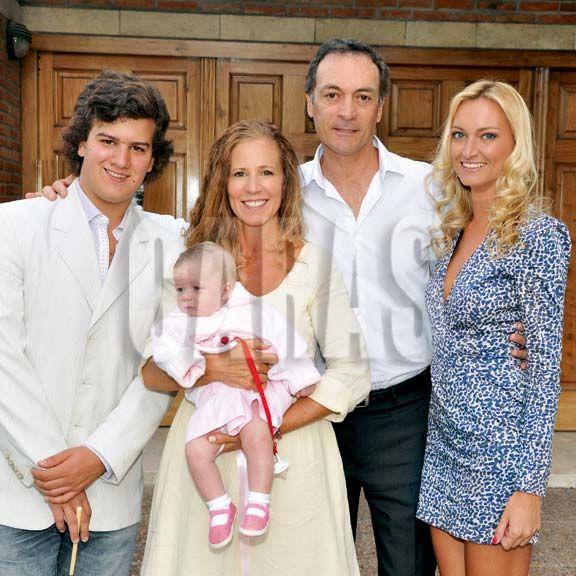 Caras  El bautismo de la hija de Jos Luis Clerc