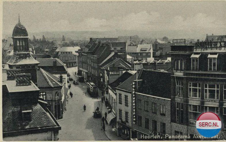 Akerstraat Heerlen jaartal 1930 tot 1940  Fotos SERC
