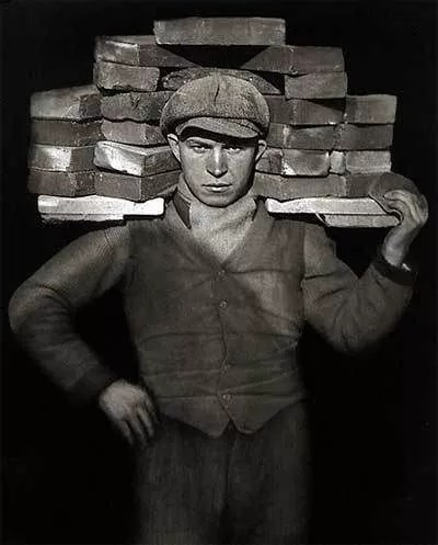 """Albañil"""" (August Sander, Alemania, 1928)"""
