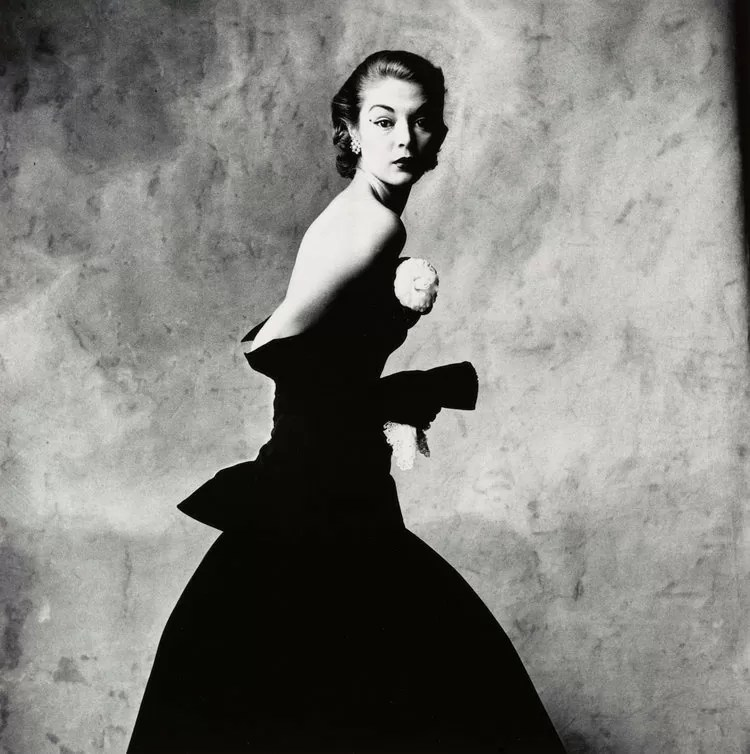 IRVING PENN - Woman with Handkerchief (Jean Patchett), New York, 1951