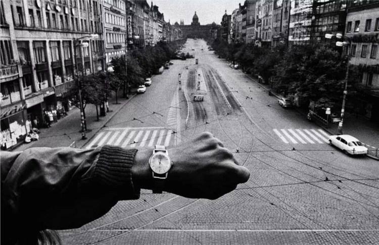"Invasión de Praga"" (Josef Koudelka, República Checa, 1968)"