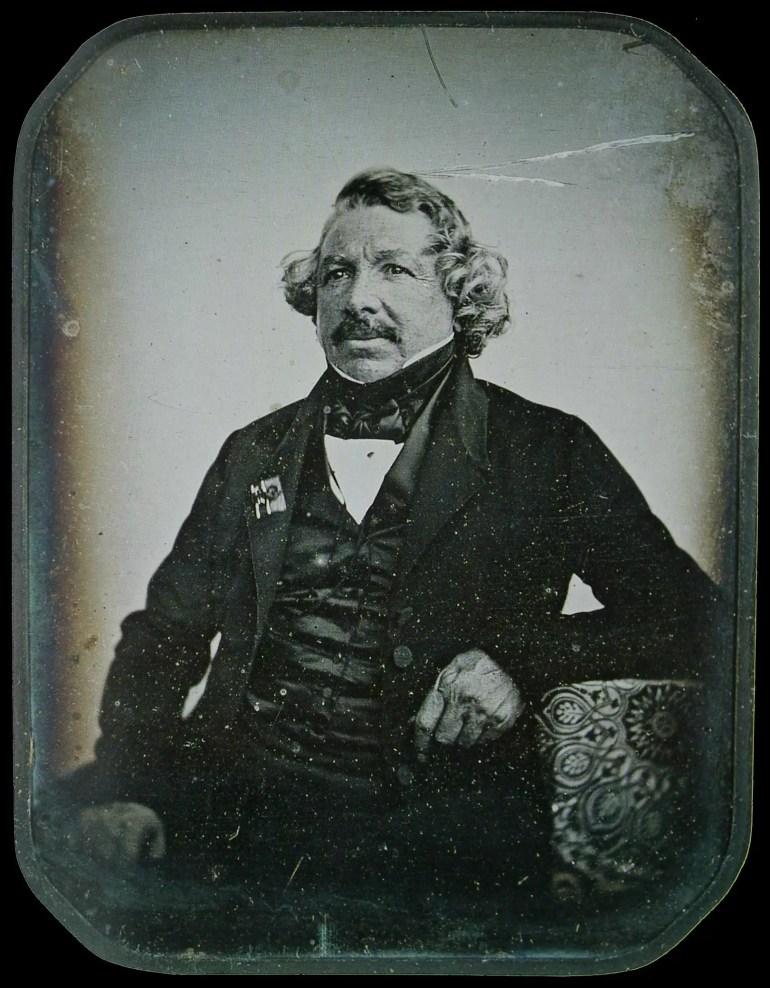 El inventor Louis Daguerre retratado al daguerrotipo en 1844, por Sabatier-Blot.