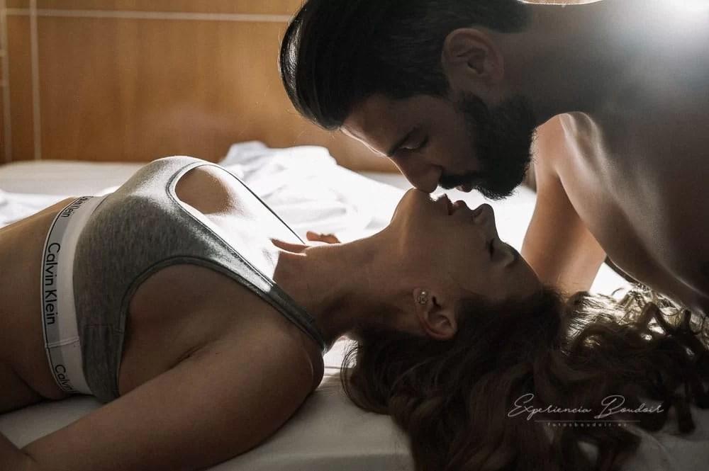 sesión fotos de pareja Boudoir - Book fotos sensual y elegante de pareja (5)
