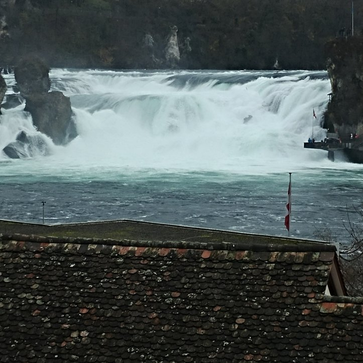 Water falling down the Rheinfall