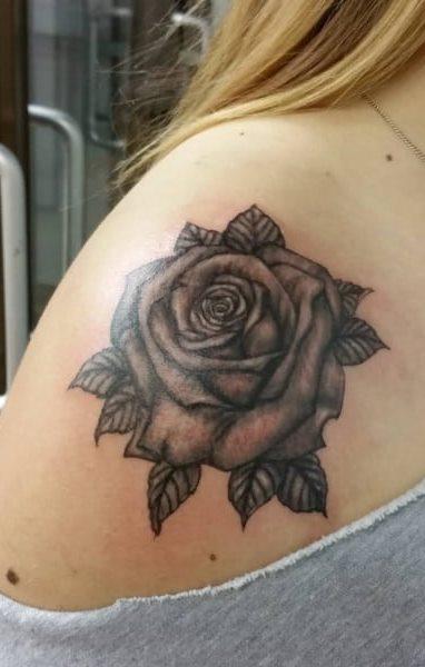 Tatuagens Femininas Nas Costas Rosas Com Frases