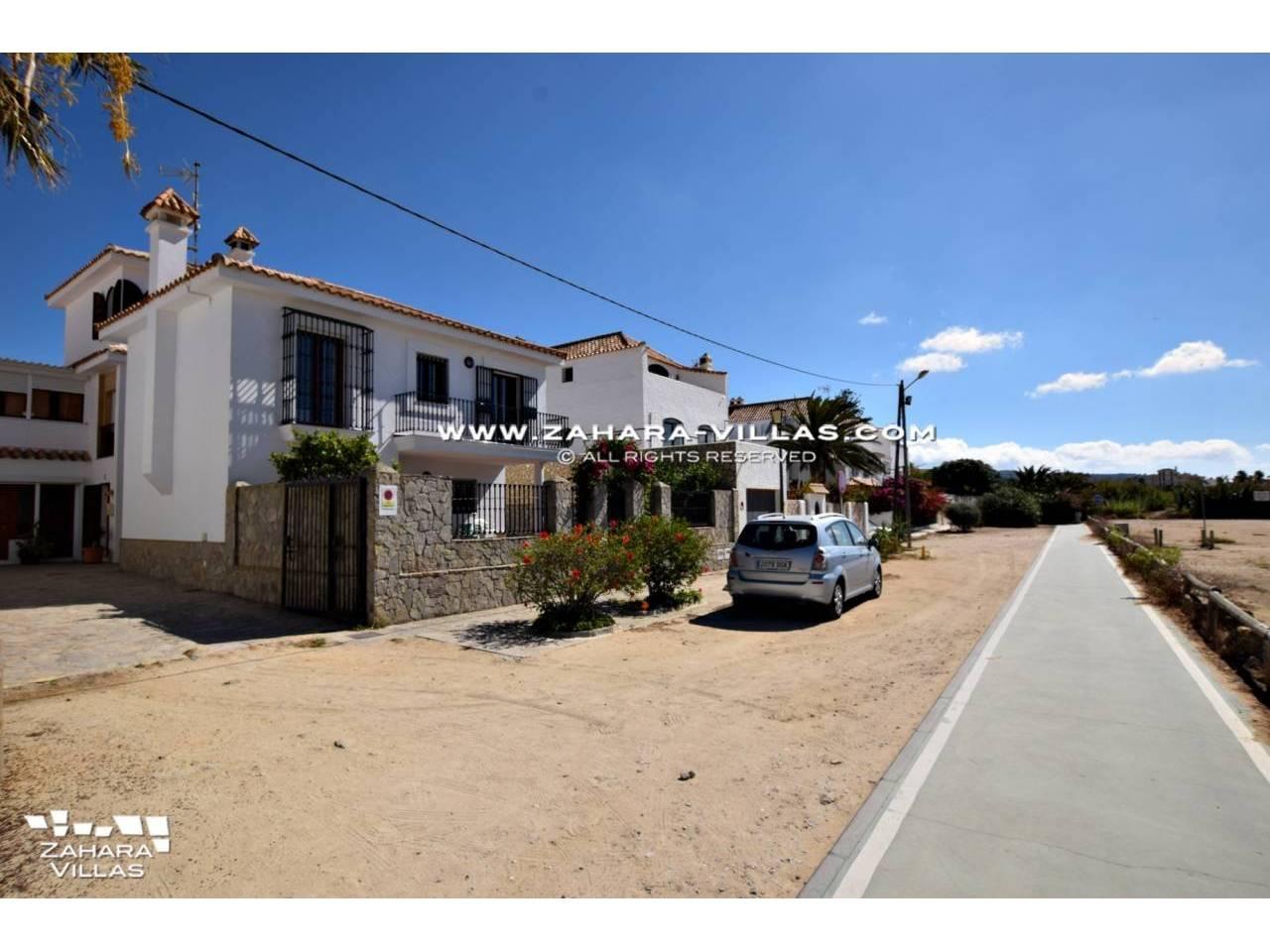 Haus Zum Verkauf Direkt Am Strand Mit Meerblick In Zahara De Los