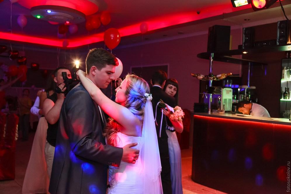 fotograf-na-svadbu-pushkino-foto-B