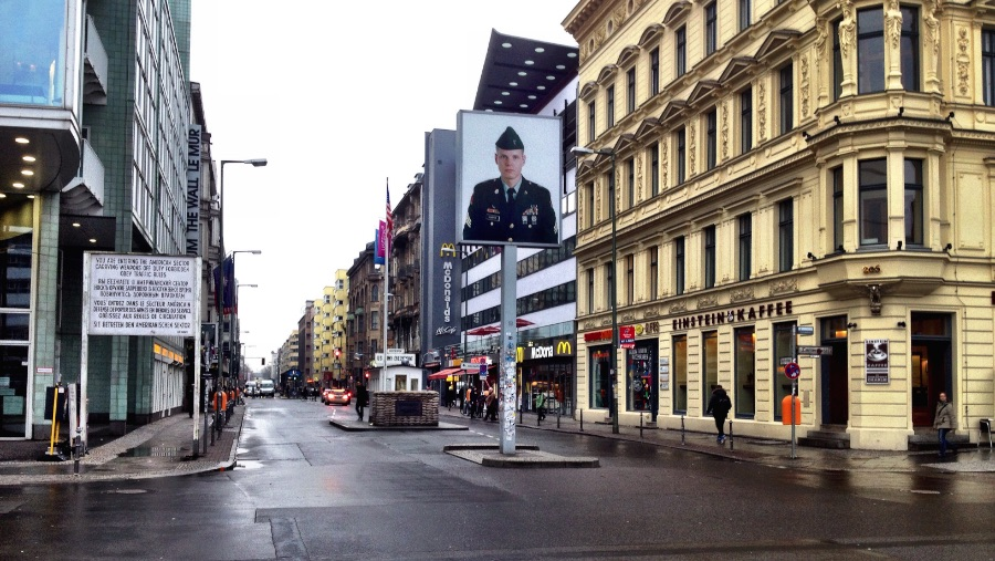 Checkpoint Charlie Why You Shouldnt Visit It Via