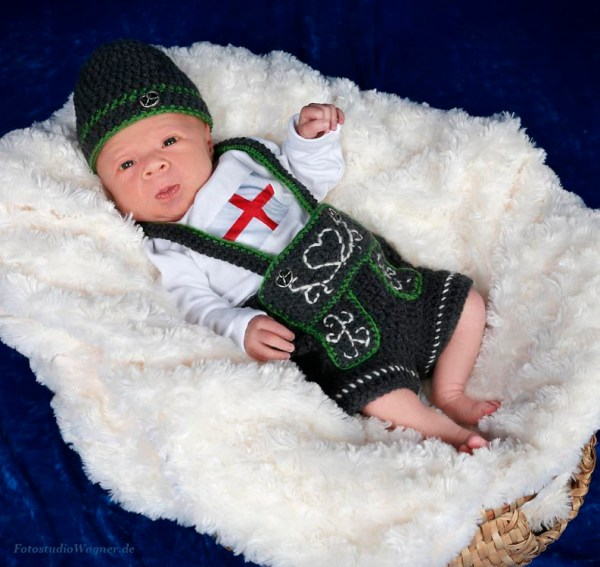 09 Portrait Baby in Tracht