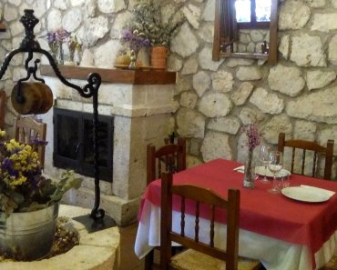Os recomendamos comer en uno de los mejores restaurantes de Alcalá del Júcar