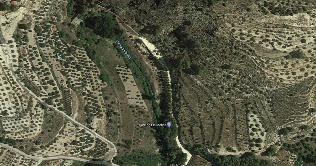Parking Els Molins en Benilloba