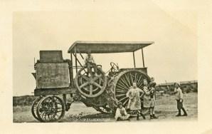 La Maruja, año 1940. Tractor de la familia Lamberti.