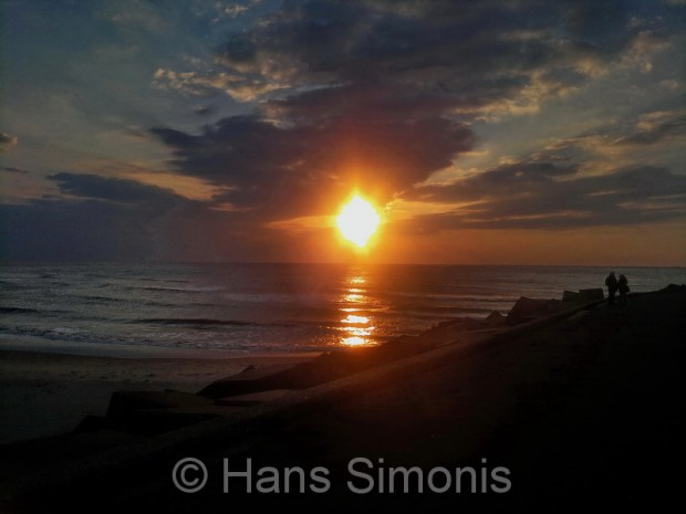 zon sist in de zee.