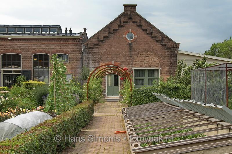 2013725_3233_vanaf station dordrecht_naar villa augustus_hans simonis_fotovaak