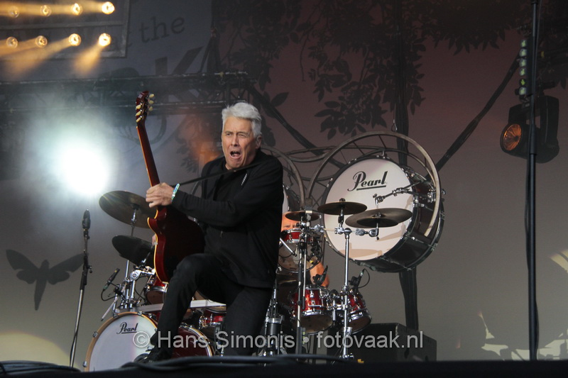 Night at the Park - Golden Earring