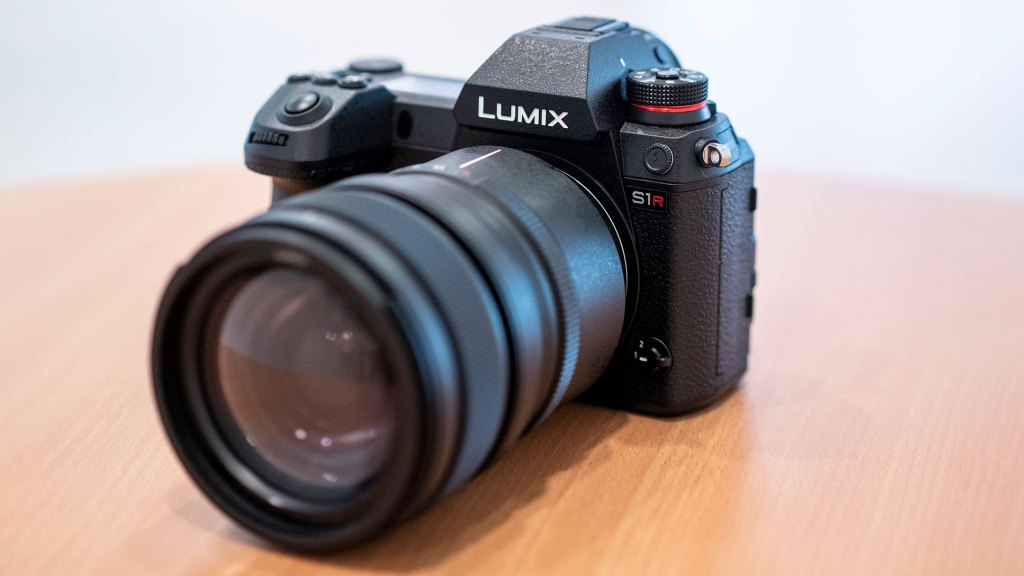 More information on the Panasonic S and some sample images