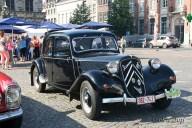 6522 Oldtimers verzameling op de Markt in Oudenaarde
